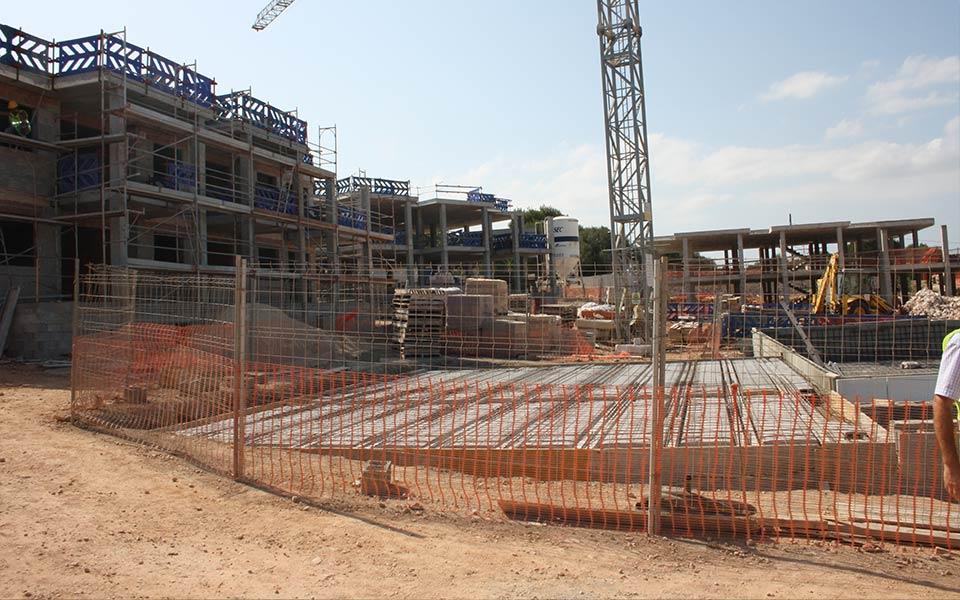 Estructuras SASTRE construcción en taylor-wimpey-cala-magrana-mallorca